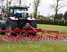 Agro-Factory Hackstriegel 9 m /Weeder harrow/Herse / Re enerador de praderas
