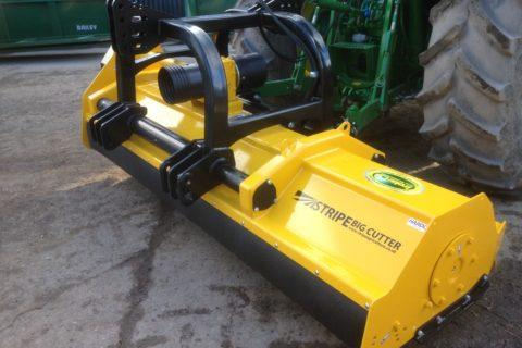 BIG CUTTER 2.8M FRONT AND REAR FLAIL (EX HIRE)
