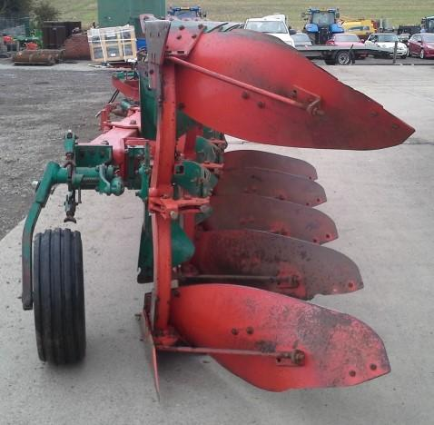 Kverneland Uk Kverneland ES80/160 5 Furrow Plough