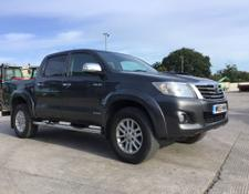 Toyota Hilux Invincible Pick Up